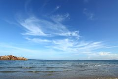 Błękitna morza, wody powierzchnia z lub Zdjęcia Stock