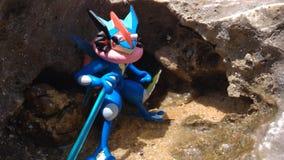 Błękitna postać na plaży zdjęcia royalty free