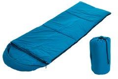 Błękitna sypialna torba odizolowywająca na białym tle Fotografia Royalty Free