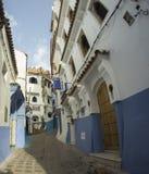 Błękitna ulica w szerokim kącie Obraz Stock