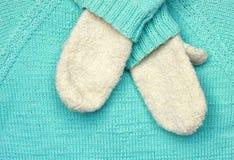 Błękitna woolen tekstura i mitynki Fotografia Royalty Free