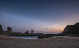 Błękitne godziny w Klayar plaży Zdjęcia Stock