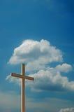 błękitne niebo chmur krzyż Fotografia Royalty Free