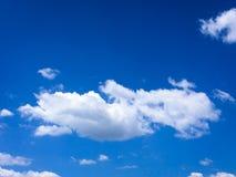 błękitne niebo Chmury niebieskie niebo białe chmury Fotografia Stock