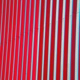 błękitnej czerwieni abstrakcjonistyczny metal w englan London poręcza backg i stali obraz royalty free