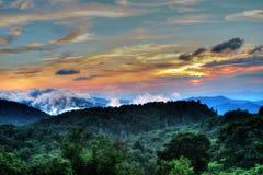 Błękitnej grani Dymiąca góra Fotografia Royalty Free