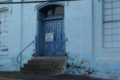 Błękitni Fabryczni drzwi Zdjęcia Royalty Free