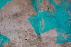 Błękitni farb uderzenia na grunge betonowej ścianie Obraz Royalty Free