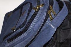 Błękitni i czarni plecaki fotografia royalty free
