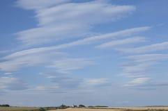 Błękitni niebieskie nieba zdjęcie stock