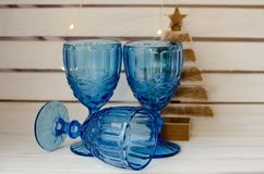 Błękitni roczników szkła z bożonarodzeniowe światła Obraz Stock