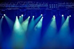 Błękitni scen światła reflektorów Obrazy Stock