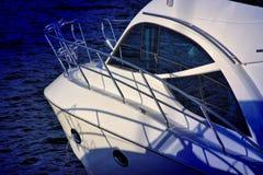 błękitny łódkowaty denny biel Obrazy Stock