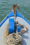 Błękitna kotwica i łęk Obrazy Royalty Free