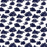 Błękitny azjata Chmurnieje Bezszwowego wzór ilustracji