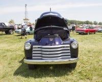 Błękitny Chevy 3800 Ciężarowy Frontowy widok Zdjęcie Stock