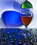 błękitny dof szkieł płycizny wino zdjęcie royalty free