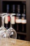 błękitny dof szkieł płycizny wino Obrazy Royalty Free