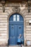 Błękitny drzwi bordowie Obraz Stock