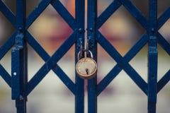 Błękitny drzwi na cegle Obraz Royalty Free