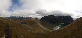 błękitny fiordów gór natury norwegu niebo Zdjęcie Stock
