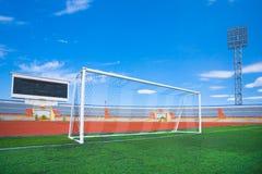 błękitny fotball nieba stadium piłkarski Fotografia Stock