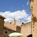 błękitny francuska nieba lato wioska zdjęcia stock