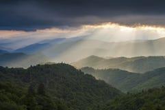 Błękitny grani Parkway brylanta światła krajobraz Cherokee NC Obraz Royalty Free