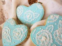 Błękitny i Biały Kwiecisty Cukrowy ciastko Fotografia Royalty Free