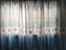 Błękitny i biel Pewni z światłem obrazy royalty free