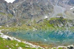 błękitny jeziorna góra Zdjęcie Royalty Free
