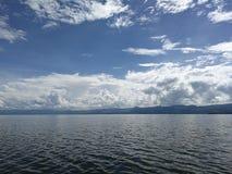 Błękitny jezioro Zdjęcie Stock