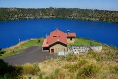 Błękitny jezioro, góra gambir Zdjęcia Royalty Free