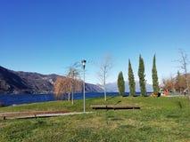 Błękitny jezioro, Italy zdjęcie royalty free