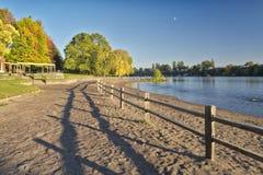 Błękitny jezioro park przy zmierzchem Oregon Fotografia Royalty Free