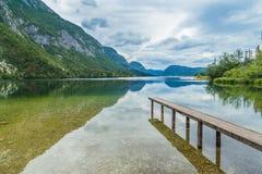 Błękitny jezioro przy Slovenia Zdjęcia Royalty Free