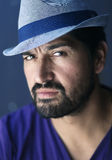 Błękitny kapeluszowy mężczyzna Obraz Royalty Free