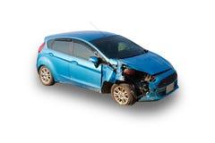 Błękitny kraksa samochodowa wypadek na białym tle uszkadzający obrazy royalty free