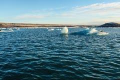 Błękitny lodowa lód, góra lodowa, Jokulsarlon laguna, Iceland Obraz Stock