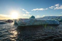 Błękitny lodowa lód, góra lodowa, Jokulsarlon laguna, Iceland Zdjęcia Royalty Free
