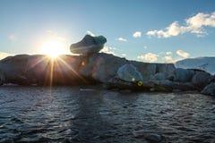 Błękitny lodowa lód, góra lodowa, Jokulsarlon laguna, Iceland Obrazy Royalty Free
