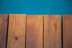 błękitny mola denny słońce drewniany Obraz Royalty Free