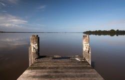 błękitny mola denny słońce drewniany Obrazy Royalty Free