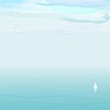 Błękitny morze, biel chmury Zdjęcie Royalty Free