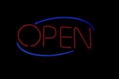 błękitny neon otwarty czerwieni znak Obrazy Royalty Free