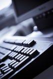 błękitny odcień klawiatury komputerowej biura Obraz Stock