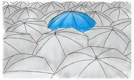 Błękitny parasol w popielatych parasolach - wzór Fotografia Royalty Free