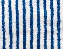 błękitny pasiasty ręcznikowy biel Obrazy Royalty Free