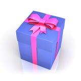 Błękitny prezenta pudełko z różowym faborkiem Zdjęcia Royalty Free