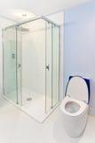 błękitny prysznic zdjęcia stock